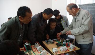 晋宁县富有村失地人员就业技能培训班圆满结束